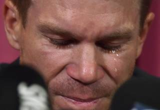 David Warner issues tearful apology over ball tampering, admits he may never represent Australia again