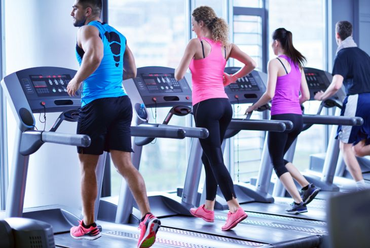 What are the benefits of running on a treadmill