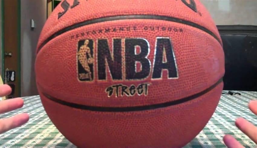 Spalding Basketball Street