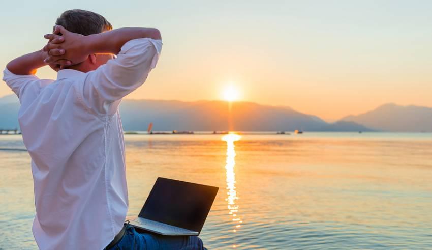 Earn Money Online in Uk
