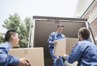 Moving boxes in Melbourne