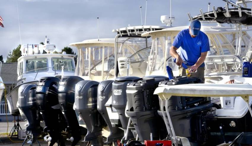 5 Qualities of A Boat Mechanic You Should Look For