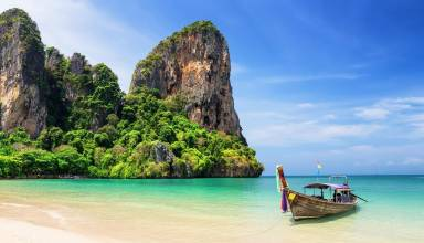 Plunge Pools Make Phuket a Popular Place to Visit