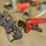 8 QUICK AND EFFECTIVE PLUMBING SOLUTIONS