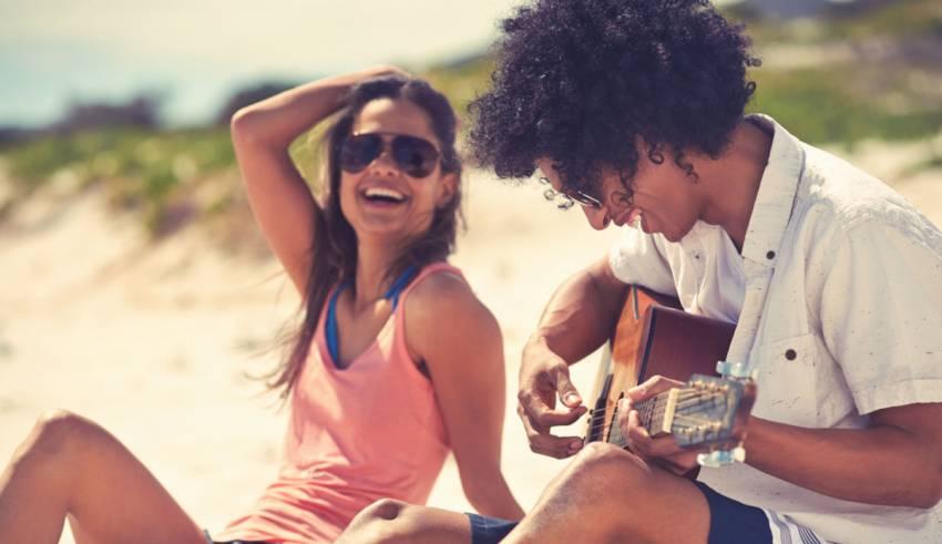 7 Awesome Ideas to Enjoy Couplehood Every Day