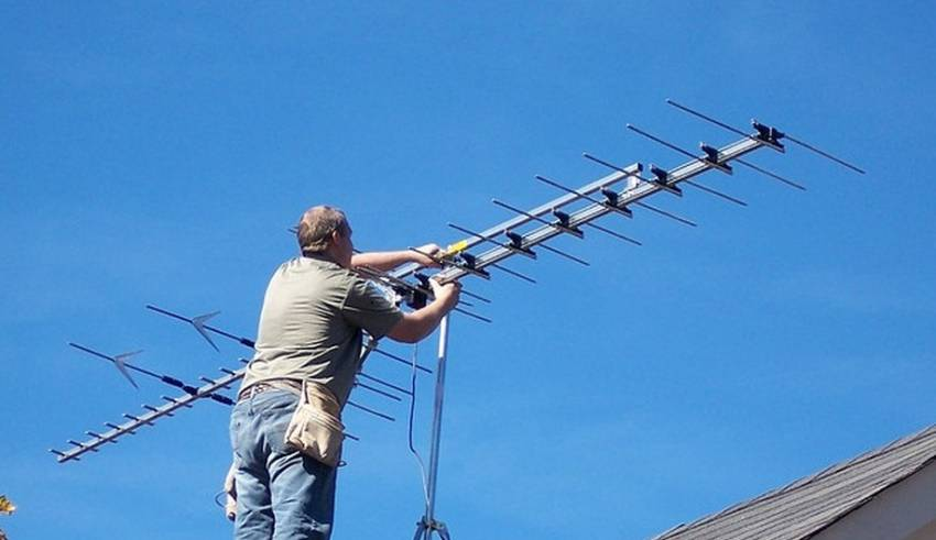 How to Mount the Aerial during Installation