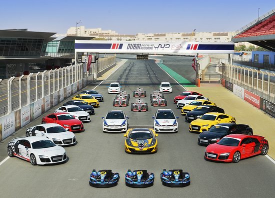 Experience of driving a Sports Car in Dubai