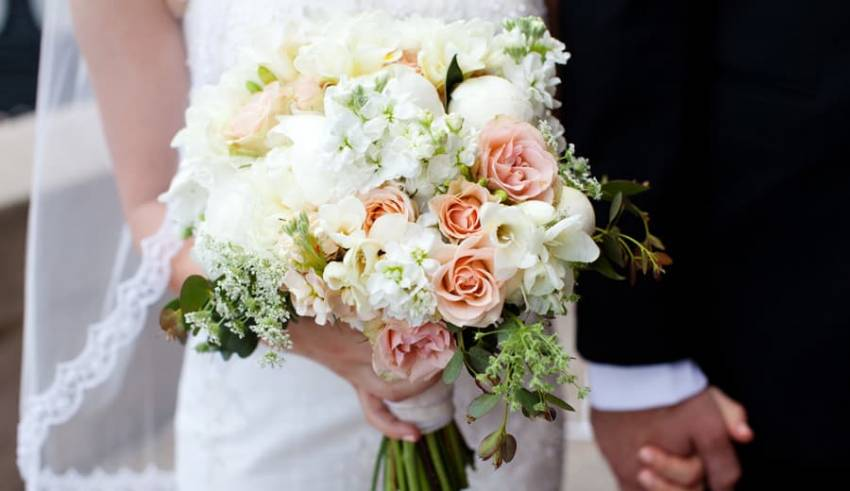 Importance of bridal bouquets at a wedding!