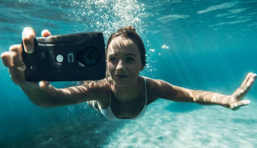Wireless Internet Underwater