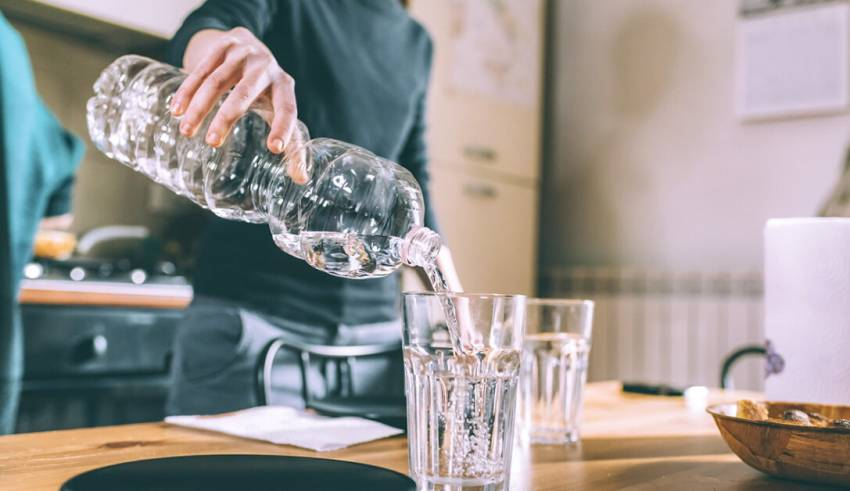 How alkaline water helps in your weight reduction