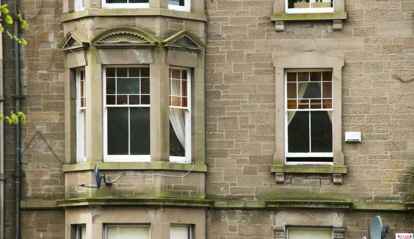 TIPS TO KEEP THE HEAT IN WITH SASH WINDOWS