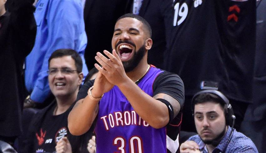What Are Drakes Favorite Sports Teams?