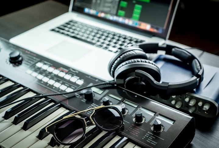 How To Break Into the Music Business