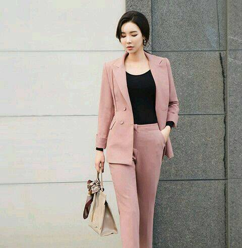 Ladies Office Wear for Different Occasions and Seasons