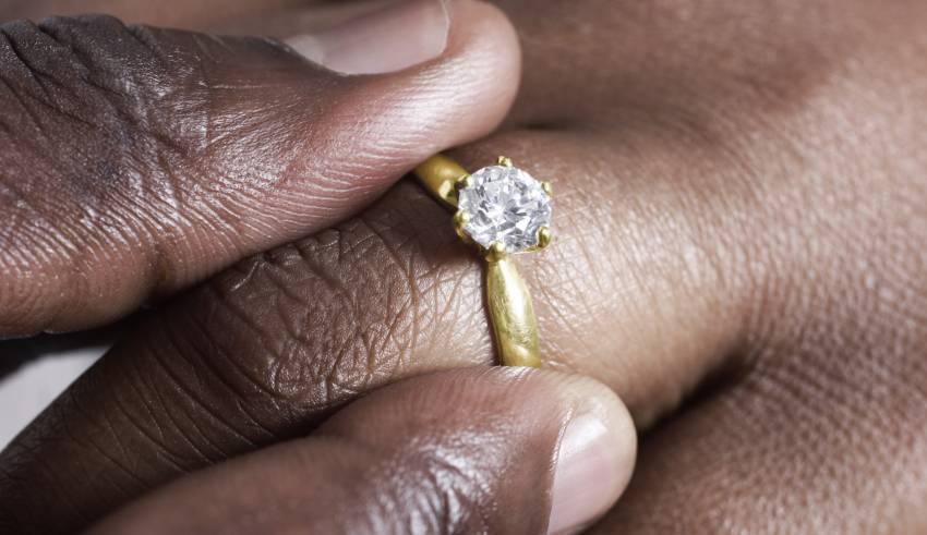 Reasons to wear diamond jewelry