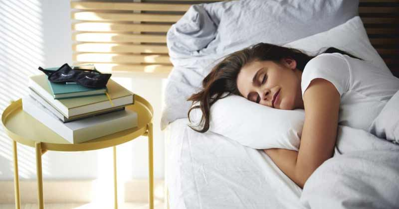 4 Things To Avoid To Have a Good Night's Sleep