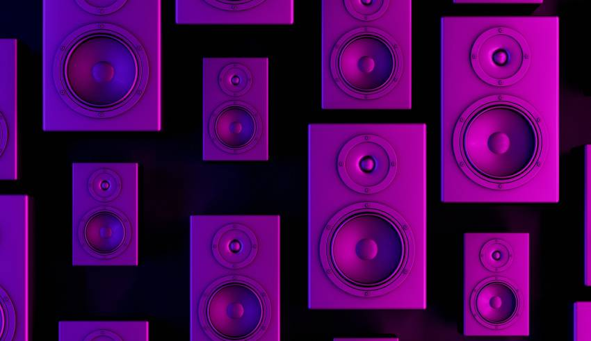 Tips to help you shop for speakers.
