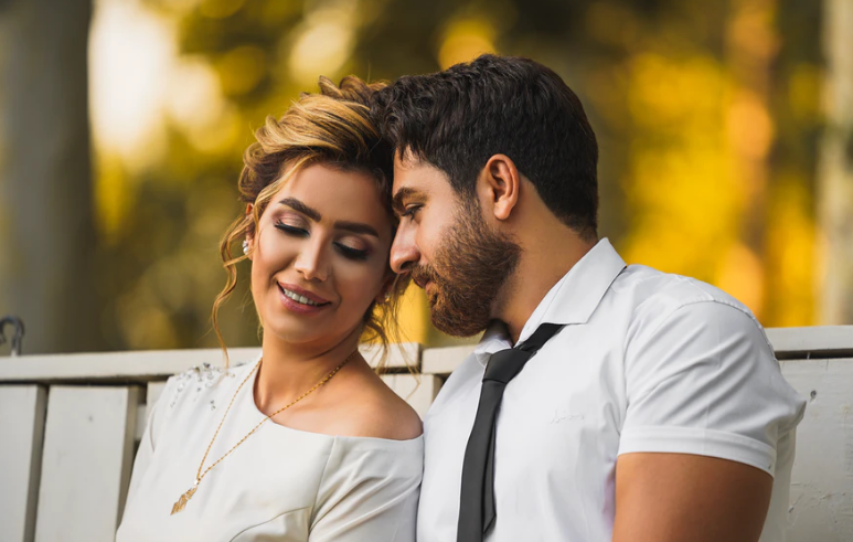 Pros and cons of marrying a Colombian woman
