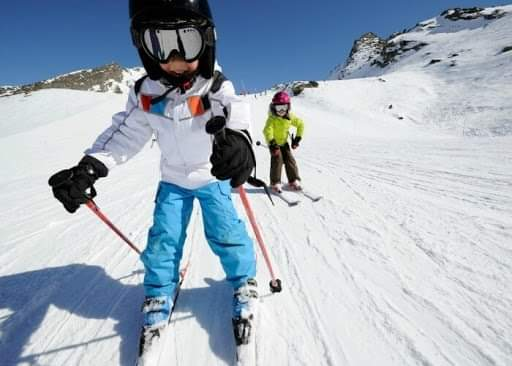 5 best ski resorts in India that should be on your bucket list