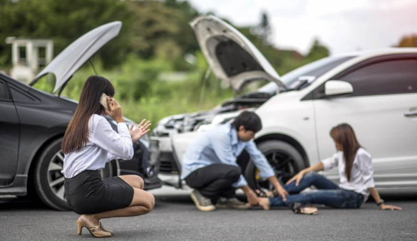 RIDER'S GUIDE THE DOS AND DONTS IN ROAD ACCIDENTS