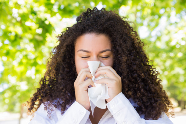 6 Natural ways to support your body during allergy season