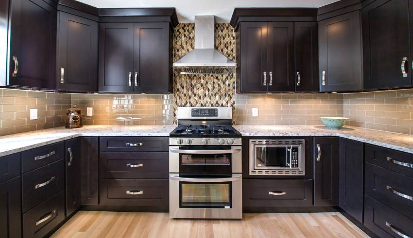 Installing Custom Kitchen Cabinets - Complete Guide