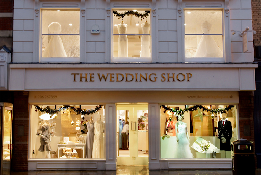 5 Tips To Consider Before You Enter The Wedding Shop