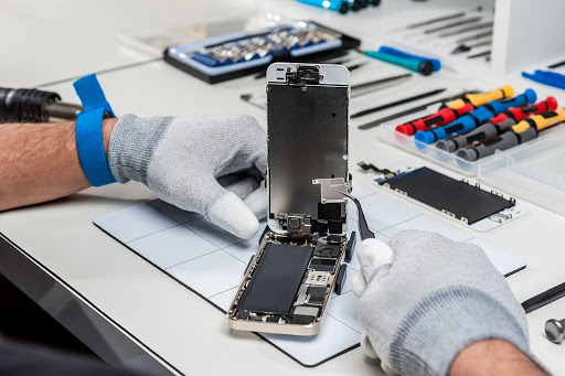 What There Is to Know About Cell Phone Repair