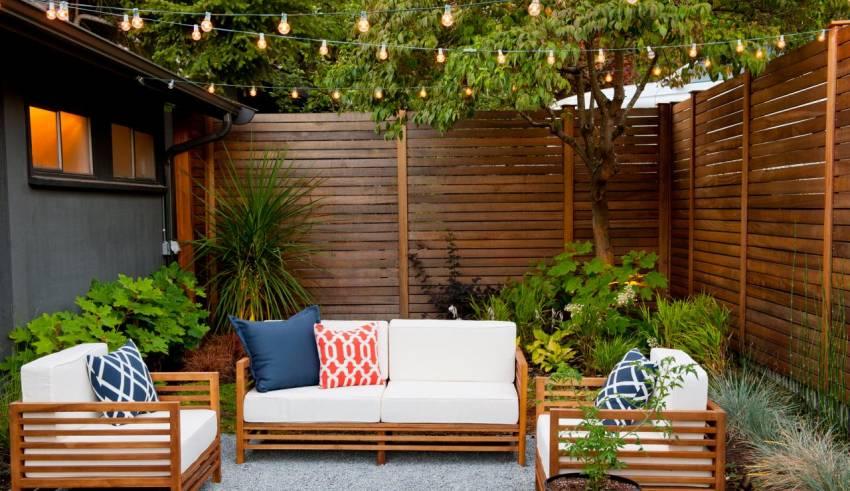 Ten Outdoor String Lights Ideas