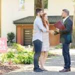 Real Estate Agent in Home Selling