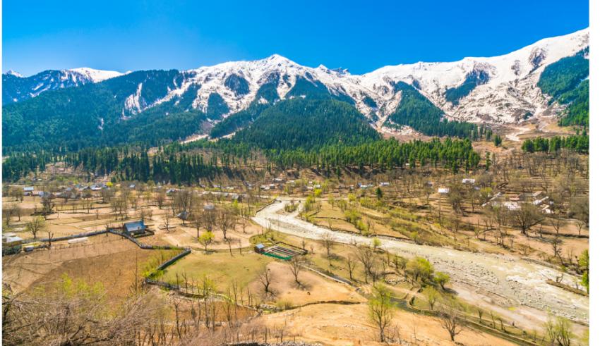 trekking in Kashmir,