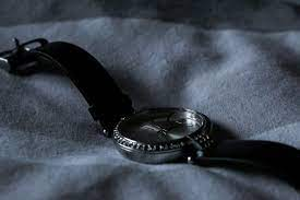 5 Things To Consider While Buying Men's Watches Online